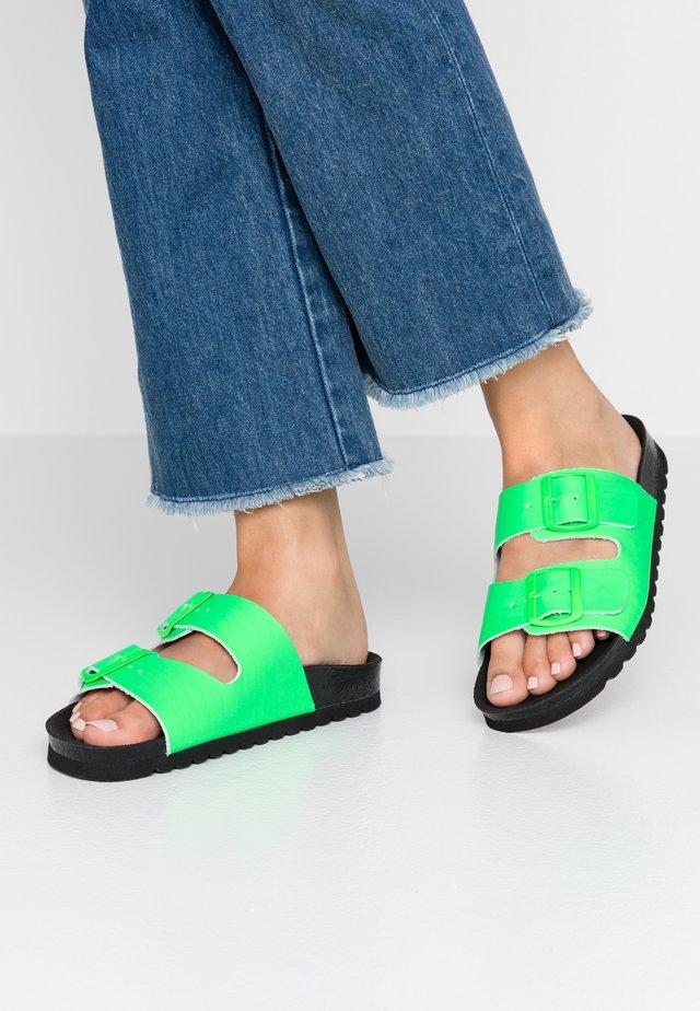 VMLUNA - Slip-ins - neon green