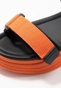 Vero Moda - VMBENILLA - Platform sandals - coral/rose - 2