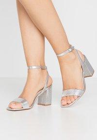 Vero Moda - VMLIVA - High heeled sandals - silver - 0