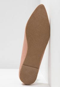 Vero Moda - VMISA LOAFER - Loafers - cafe au lait - 6