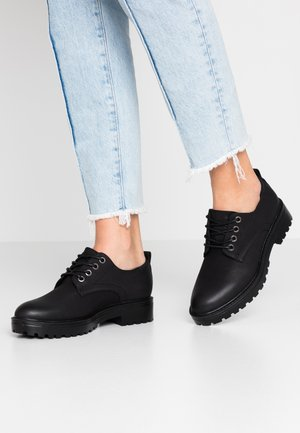 VMMEVA SHOE - Lace-ups - black