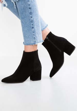 VMASTRID - Ankle boots - black