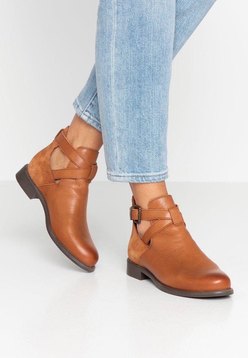 Vero Moda - VMJESSICA - Ankle Boot - cognac
