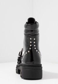 Vero Moda - VMTRI BOOT - Stivaletti texani / biker - black - 5