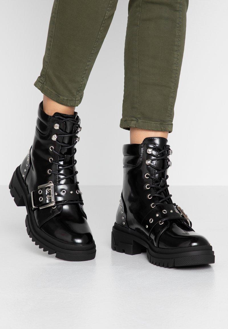 Vero Moda - VMTRI BOOT - Stivaletti texani / biker - black