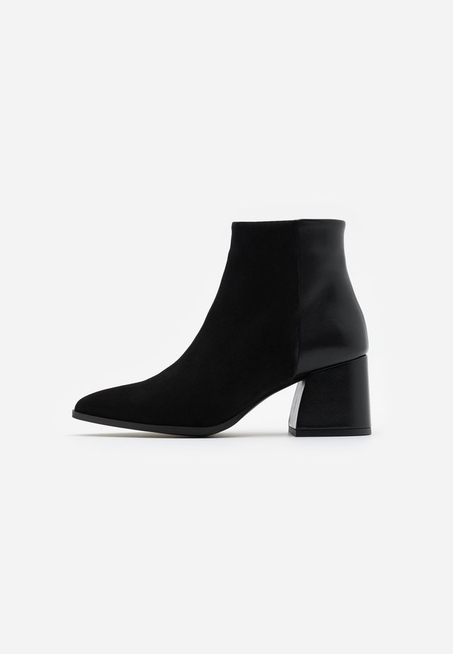 VMNOLA - Ankle boot - black