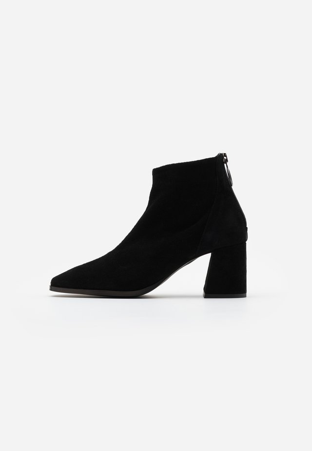VMVIC - Ankle boot - black