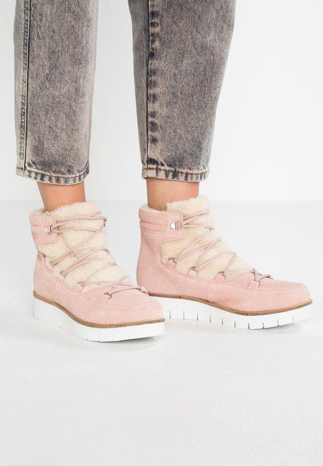 VMELSA - Ankle Boot - sepia rose