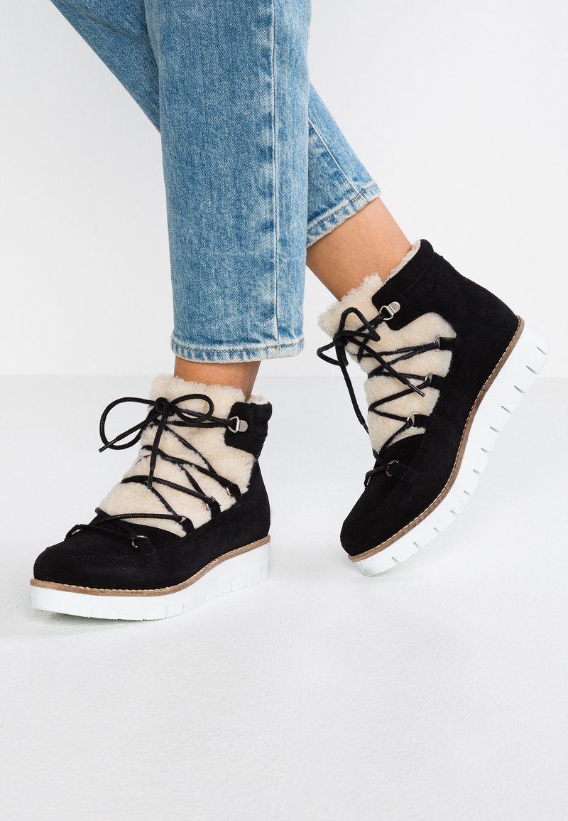 Vero Moda - VMELSA - Ankle boots - black