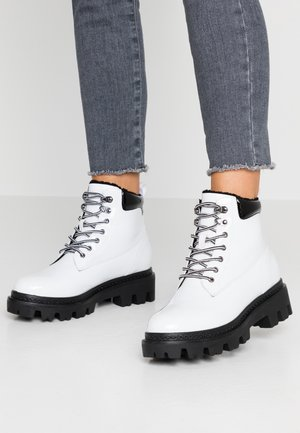 VMWILLE BOOT - Plateaustiefelette - snow white