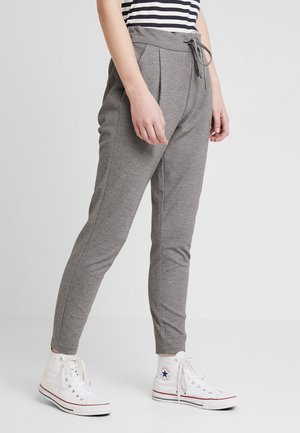 VMEVA LOOSE STRING PANTS - Tracksuit bottoms - medium grey