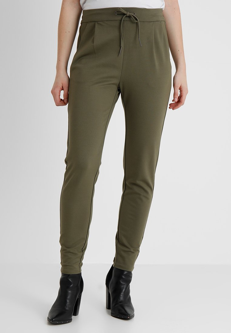 Vero Moda - VMEVA LOOSE STRING PANTS - Pantalon de survêtement - kalamata