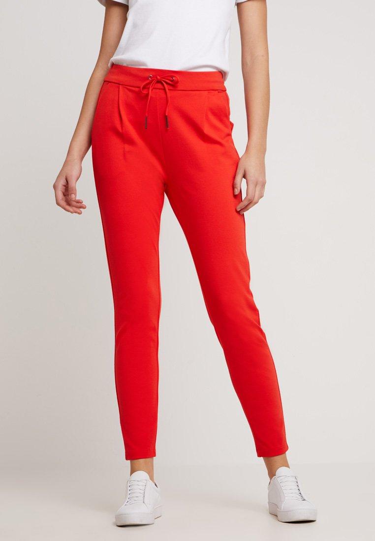 Vero Moda - VMEVA MR - Stoffhose - fiery red