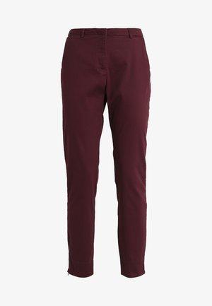 VMFLAKE SLIM ZIP PANT - Pantaloni - winetasting