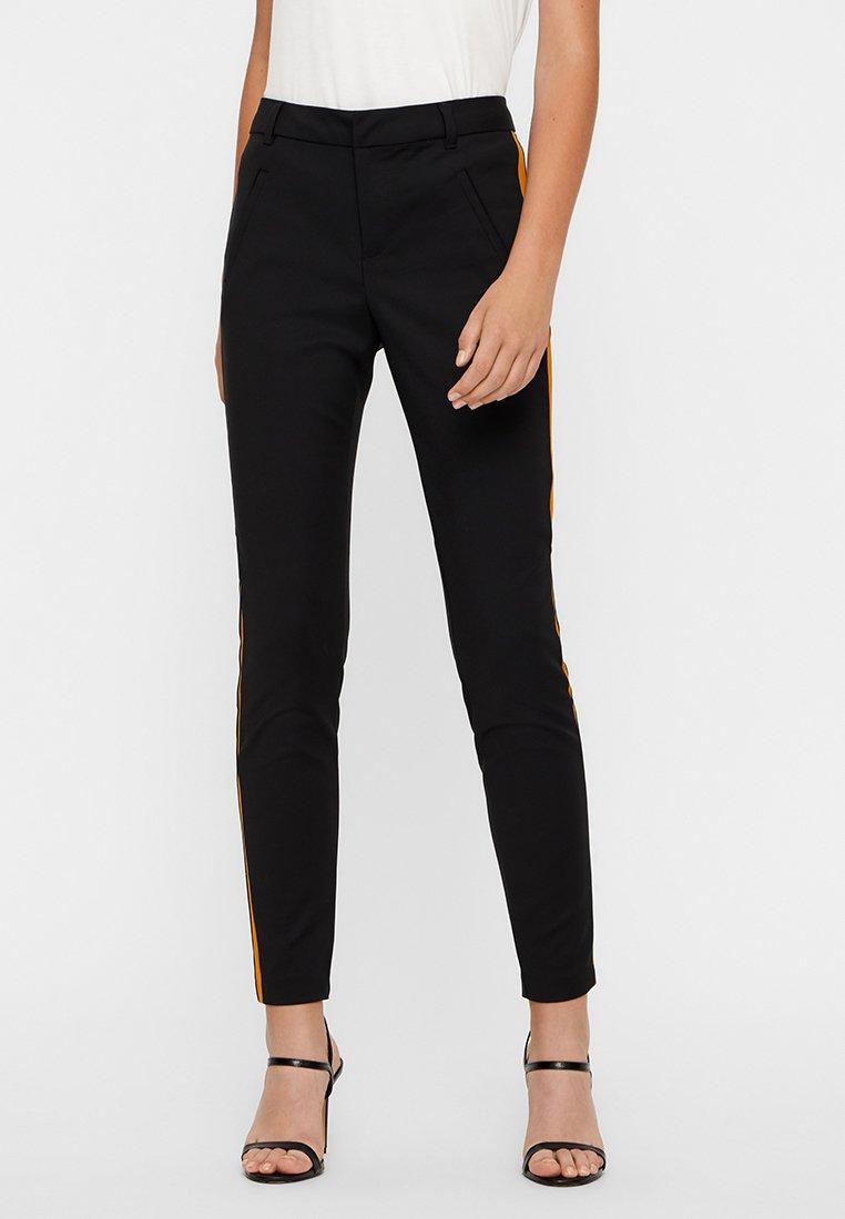 Vero Moda - Spodnie materiałowe - black