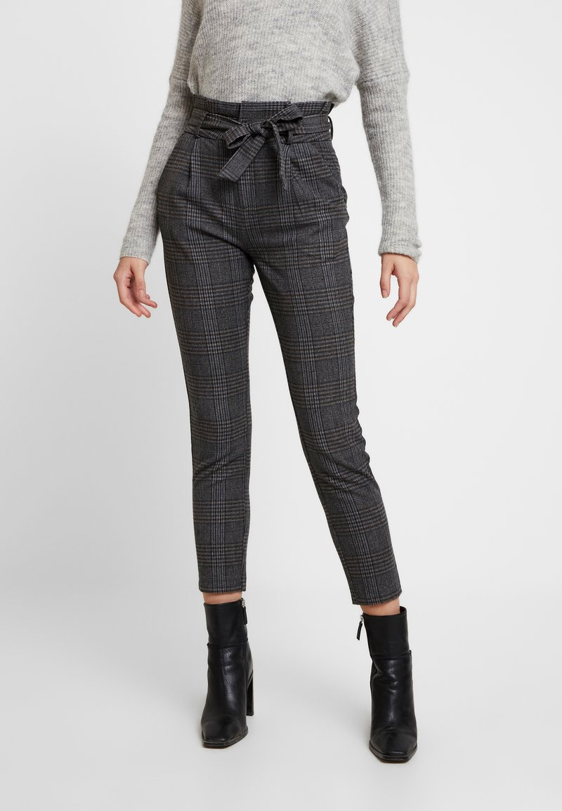 Vero Moda - VMEVA PAPERBAG CHECK PANT - Broek - dark grey melange/grey/brown