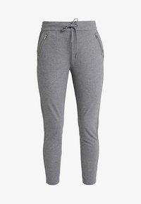 Vero Moda - VMEVA - Pantalones deportivos - medium grey melange - 3