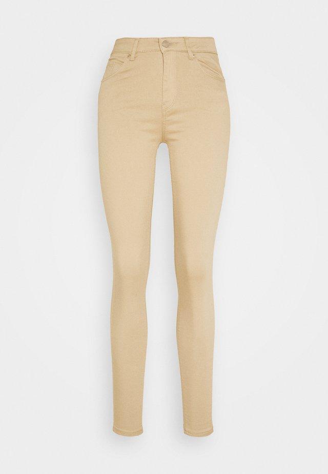 VMHOT SEVEN SLIM PUSH UP PANTS - Spodnie materiałowe - beige
