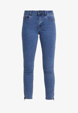 VMHOT SEVEN ANKLE ZIP PANTS - Jeans Skinny Fit - medium blue denim