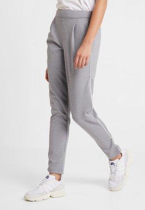 VMSHANA KELLY PANT - Pantalon classique - light grey melange/white piping