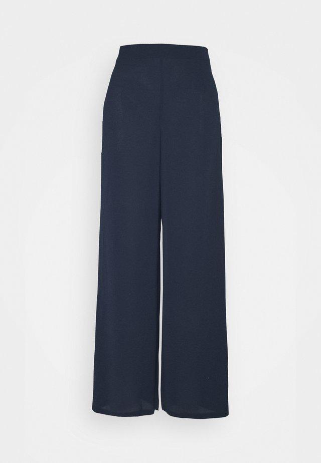 SAGA WIDE PANT - Pantalon classique - navy blazer