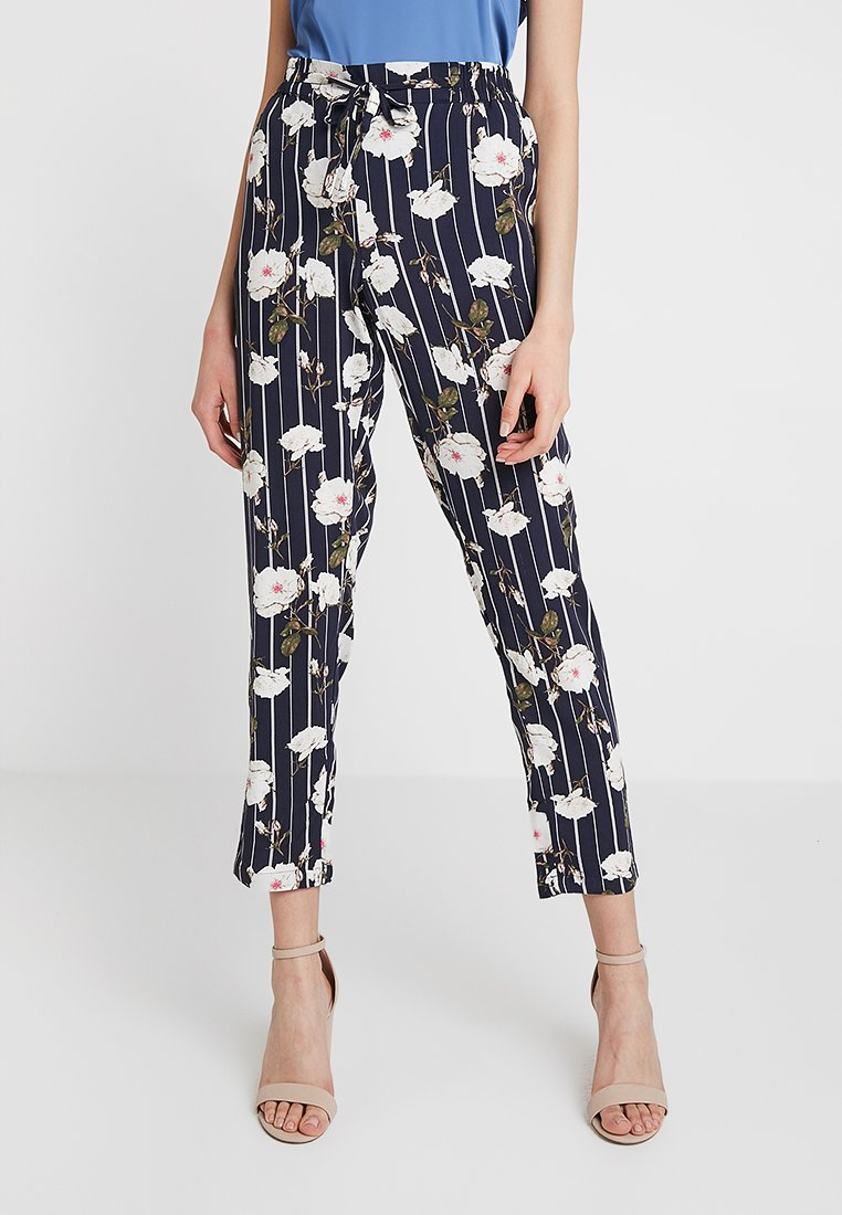 Vero Moda - VMSIMPLY EASY PANT - Pantalones - night sky