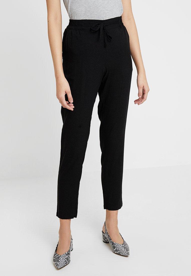 Vero Moda - VMSIMPLY EASY PANT - Pantaloni - black/solid