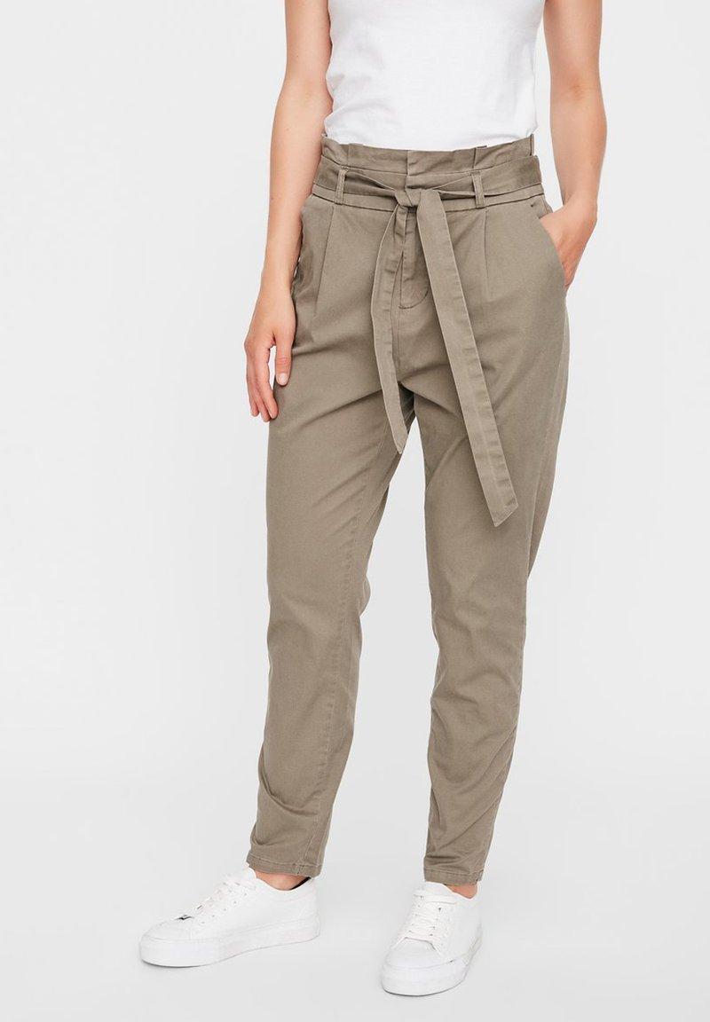 Vero Moda - VMEVA  - Trousers - bungee cord