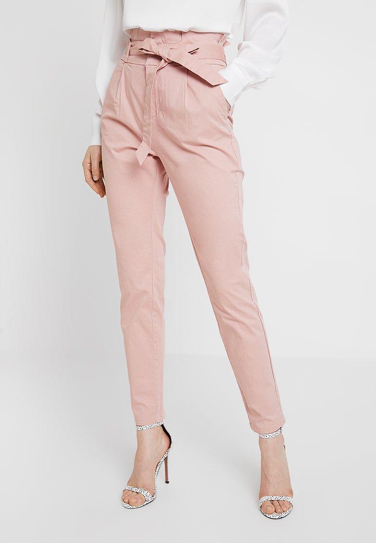 Vero Moda - VMEVA LOOSE PAPERBAG PANT - Trousers - misty rose