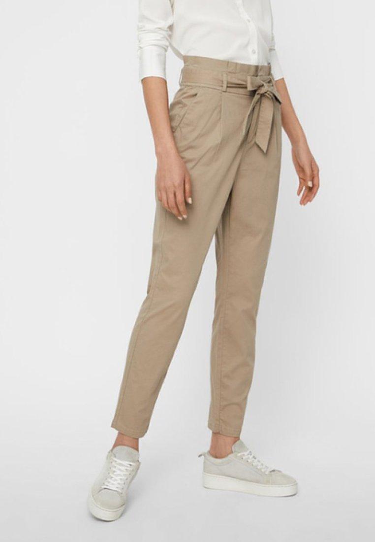 Vero Moda - VMEVA  - Pantalon classique - bronze