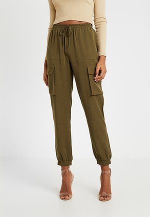 VMSIERRA CARGO PANT - Kalhoty - ivy green