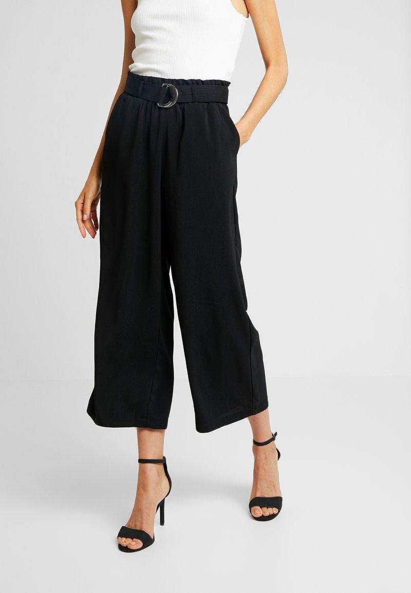 Vero Moda - VMCOCO BELT CULOTTE - Kalhoty - black