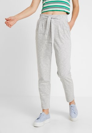 VMDATCA BUCKET PANTS - Teplákové kalhoty - medium grey melange