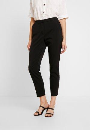 VMIZZA CIGARET PANTS - Bukse - black
