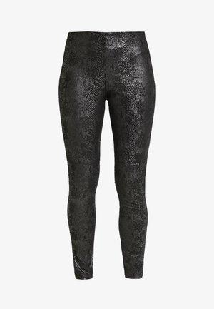 VMDESTROY SNAKE - Leggings - black