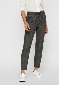 Vero Moda - Pantalones - dark gray - 0