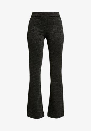 VMKAMMA FLARED GLITTER PANT - Kalhoty - black