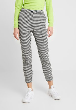 VMMAISELMA PANT - Broek - birch/black