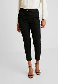 Vero Moda - VMMAISELMA PANT - Pantalon classique - black - 0
