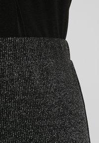 Vero Moda - VMSHIMMER MILLA SLIT PANT - Bukse - black - 4