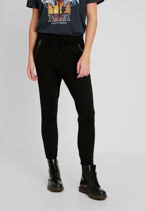 VMEVA LOOSE STRING ZIP PANT - Bukse - black