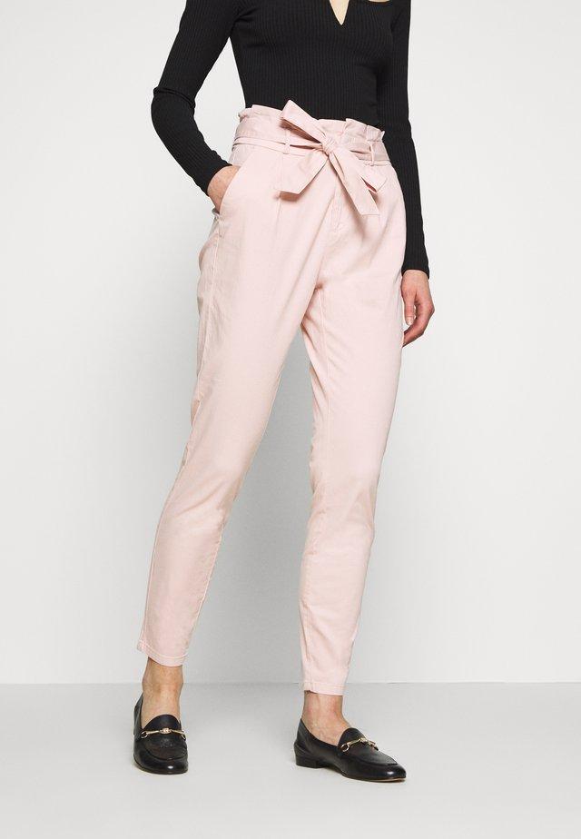 VMEVA LOOSE PAPERBAG COLOR - Trousers - sepia rose