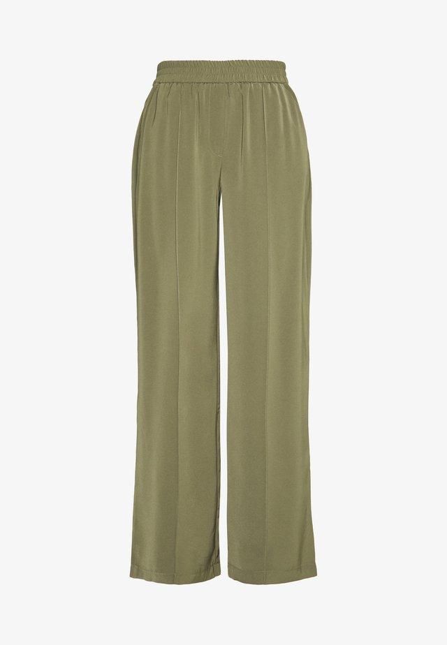 VMKARINA WIDE PANT  - Pantalones - ivy green