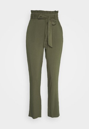 VMSIMPLY EASY PAPERBAG PANT - Bukse - ivy green