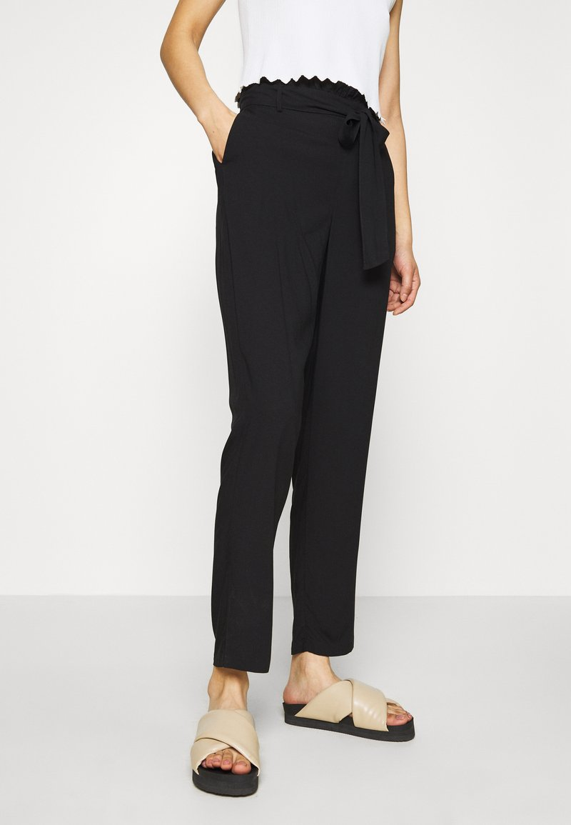 Vero Moda - VMSIMPLY EASY PAPERBAG PANT - Trousers - black