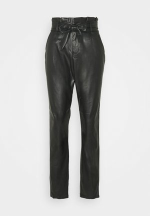 VMEVA PAPERBAG ANKLE PANTS - Bukser - black