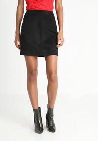 Vero Moda - Spódnica mini - black - 0