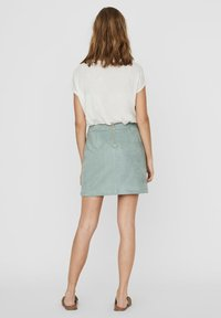 Vero Moda - Gonna a campana - green milieu - 2
