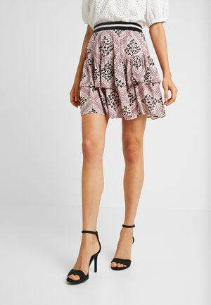 VMAMSTERDAM LAYER SHORT SKIRT - Pleated skirt - misty rose