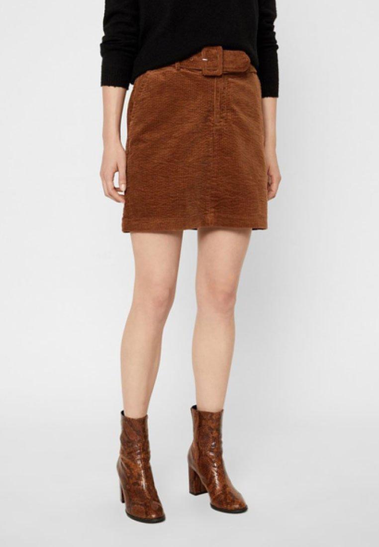 Vero Moda - VMLEVI SHORT SKIRT - A-line skirt - cognac